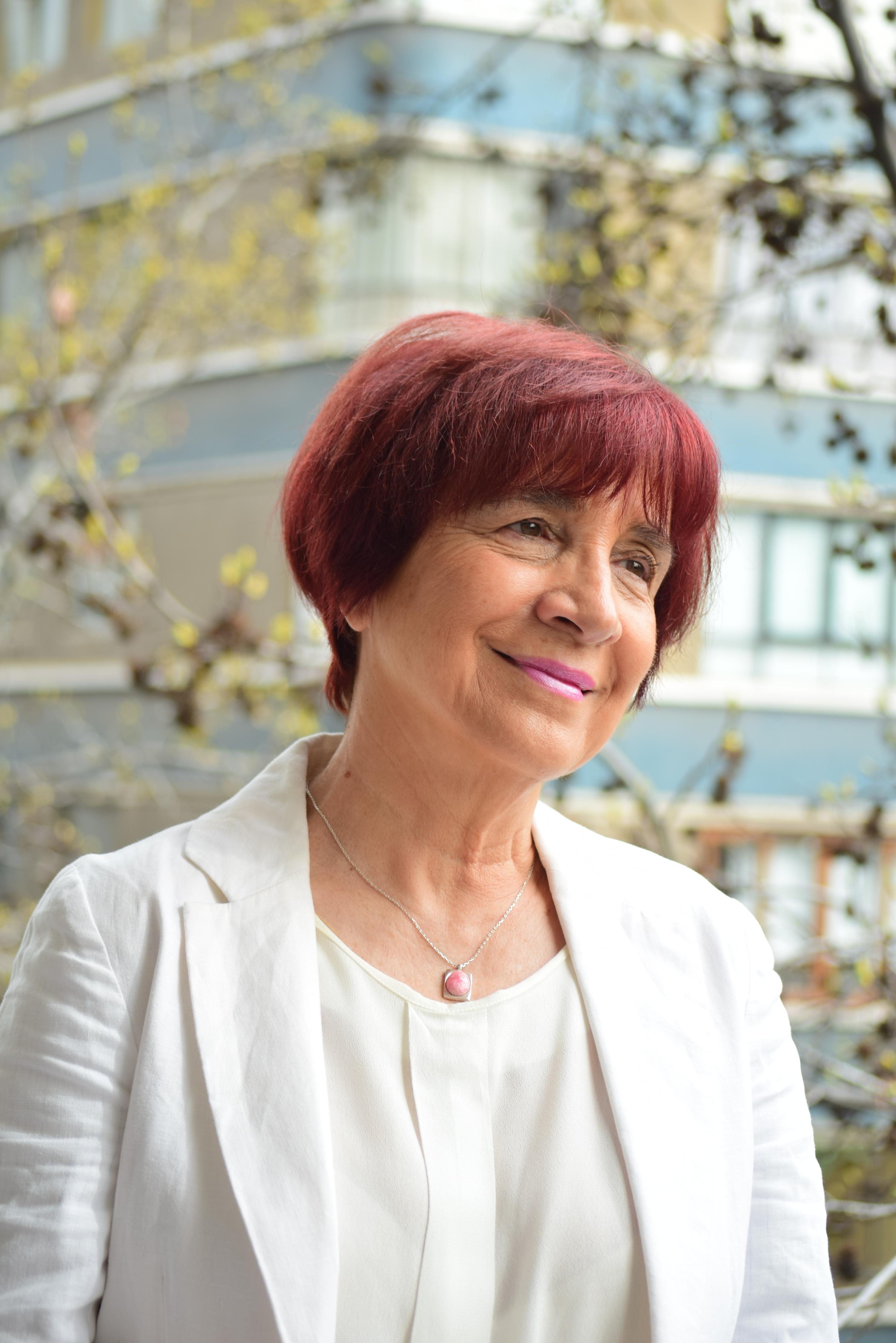 Carmen Hertz Cádiz